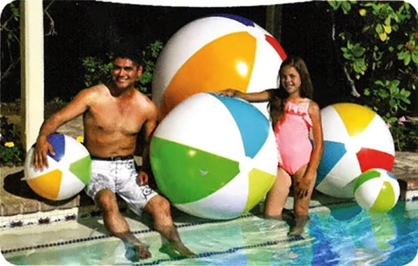 Bunter Wasserball